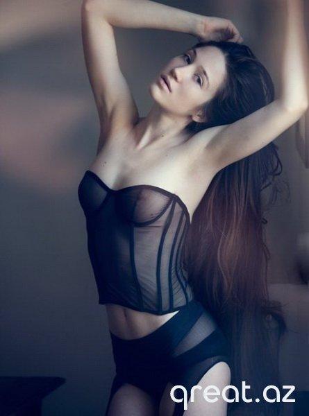 Ən seksual gözəl qızlar - FOTO
