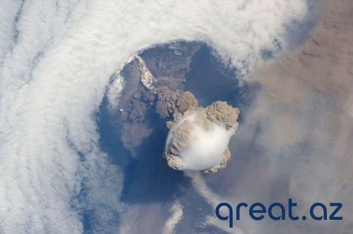 Vulkanların püskürmə vaxtı Kosmosdan çəkilmiş şəkilləri (15 Foto)