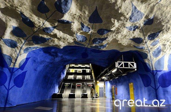 Avropada ən heyrətləndirən metro stansiyalar (23 Foto)