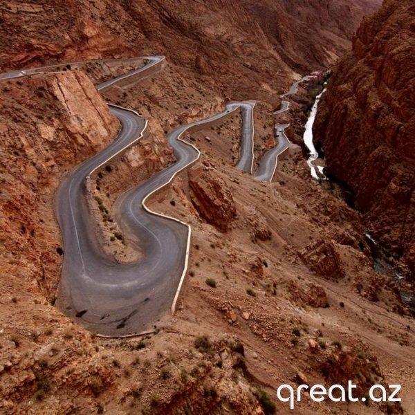 Dünyada ən gözəl yollar (22 Foto)