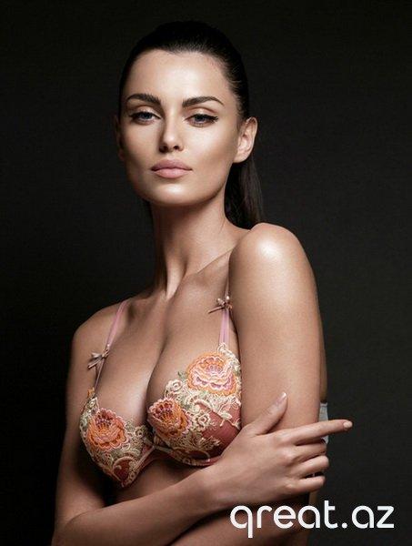 Seksual Gözəl Qızların Şəkilləri (83 Foto)