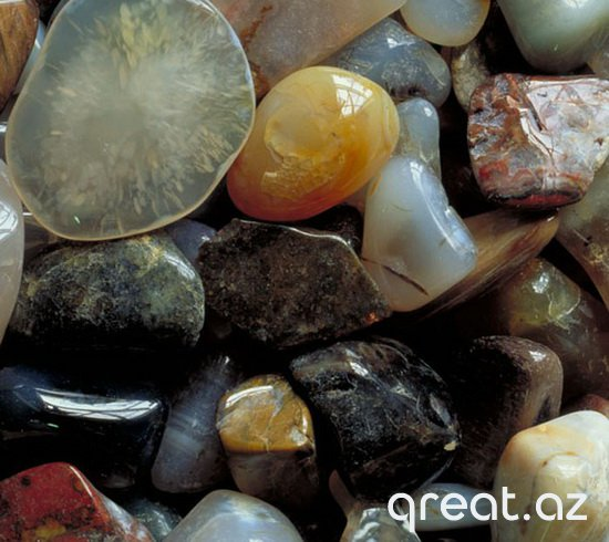 Daşların mənası: talismanlar və bürclərə görə amuletlər