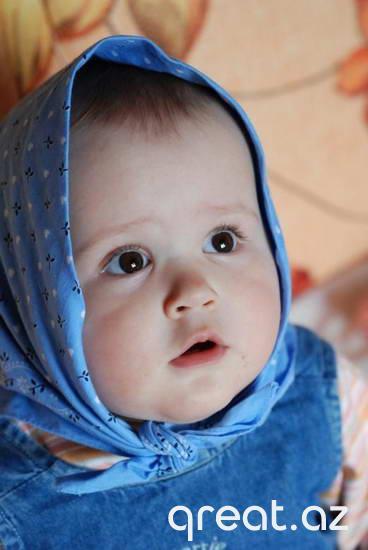 Gözəl balaca uşaqların gülməli fotoları (21 Foto)