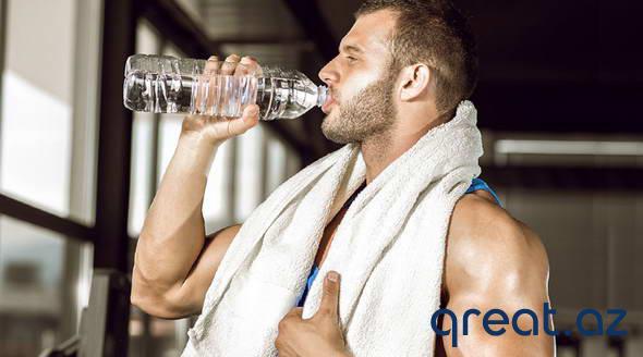 Necə suyu içmək düzgündür