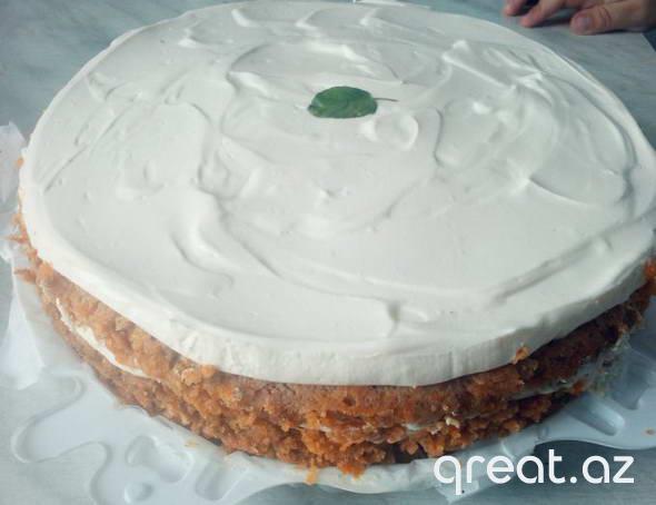 Zərif yerkökü tortu. Resept.