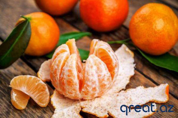 Necə alış vaxtı mandarinləri düzgün seçmək lazımdır