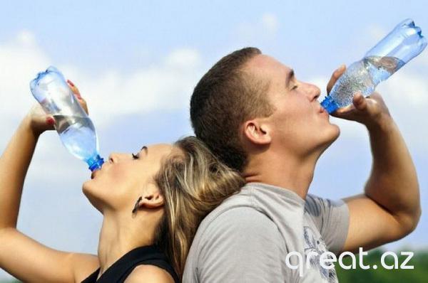 Orqanizmdə nə olur, nə vaxt ki, insan suyu səhərlər içir və onu gün ərzində unutmur?